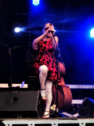 Zizalie Live in Belgium